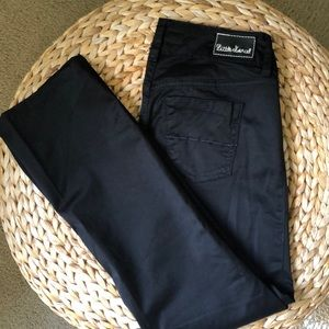 LITTLE MARCEL ANKLE BLACK PANTS.